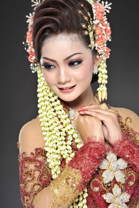 kebaya pengantin cantik